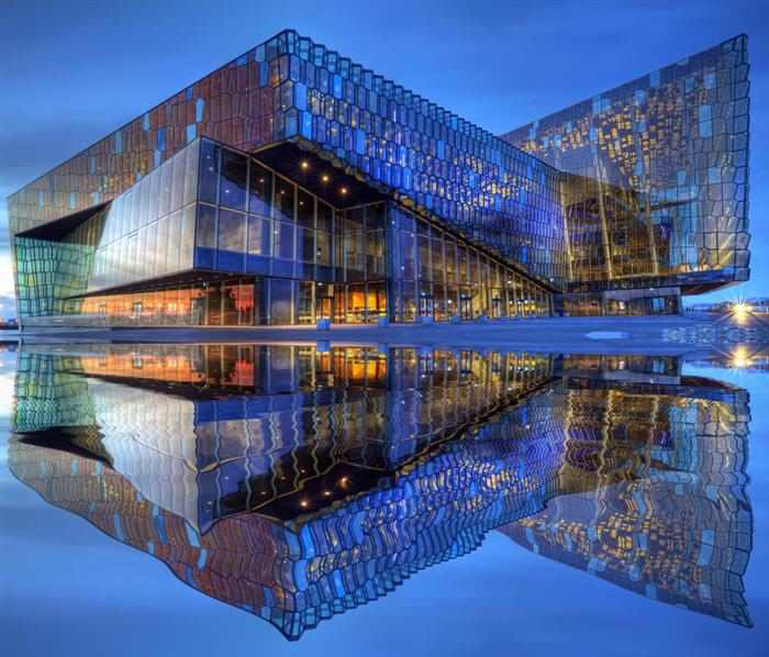 30 beautiful buildings and locations